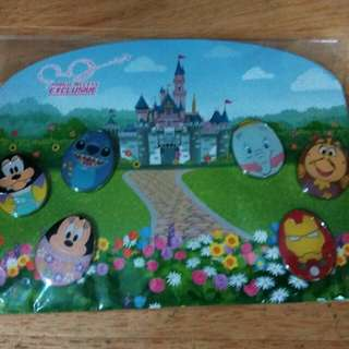 Hong Kong Disneyland Easter pin set