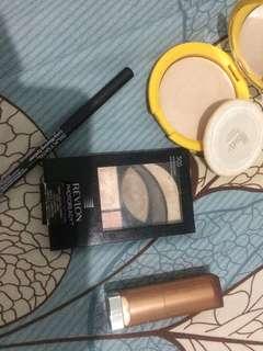 Eyeshadow revlon get photo ready 505 + powder matte lipstik maybelline + silky girl black eyeliner + marcs compact powder teens (invisible)