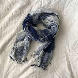 *Blue paid scarf