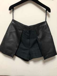 Hermes shorts with leather used 98%new