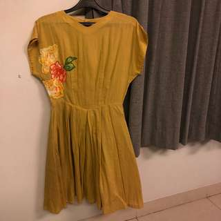 Yellow mustard dress