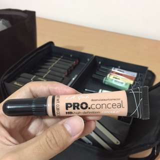 concealer / peach corrector la girl
