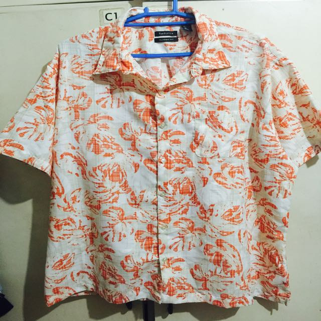 46851e7f9f9 Authentic Van Heusen Short Sleeve Hawaiian Shirt