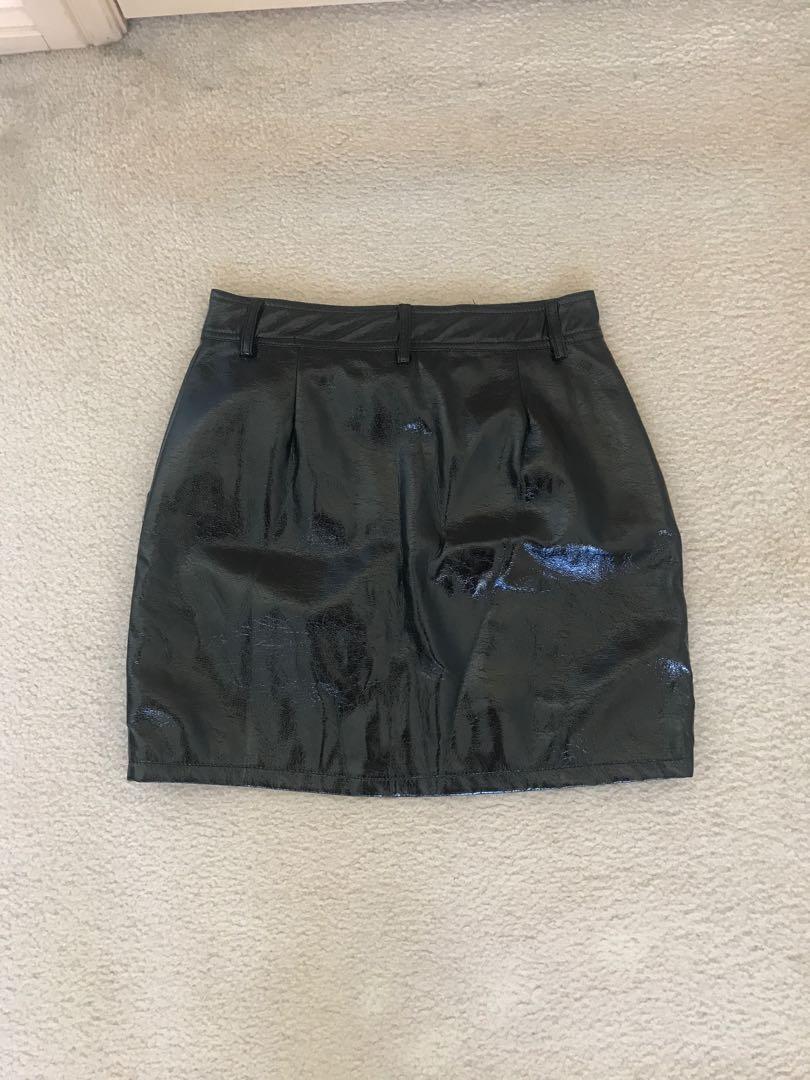 Black vinyl detail skirt