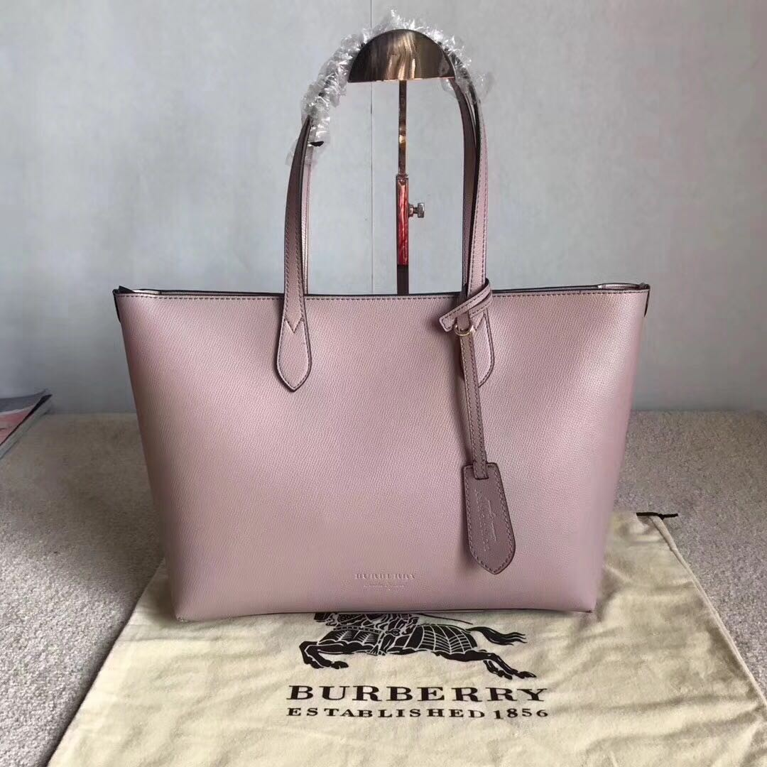 Burberry Hay Market Leather Shopping Bag Violet V2 7cb9d86f868a0