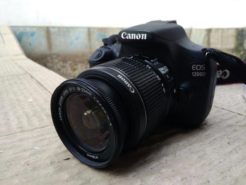 Canon 1200d Photography On Carousell Camera Eos Kiss X7 Lensa 18 55 Is Stm 100d Kit