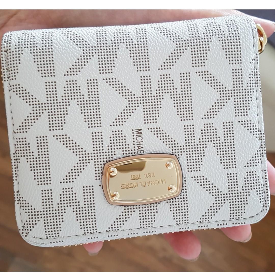 5fe934ceb9b4dc Michael Kors 'Jet Set 18K - Small' Zip Around Wallet White logo ...
