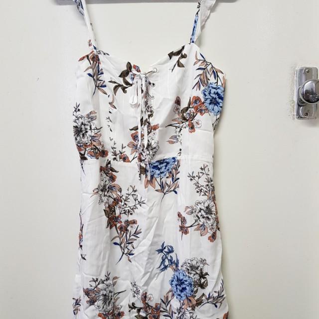 MinkPink Dress Size 8 RRP $99.99