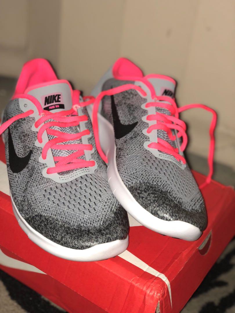 Nike free max