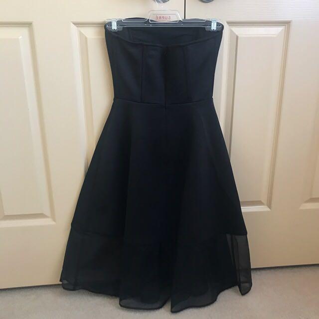 Strapless dress in black