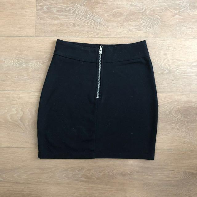 Tobi Black skirt