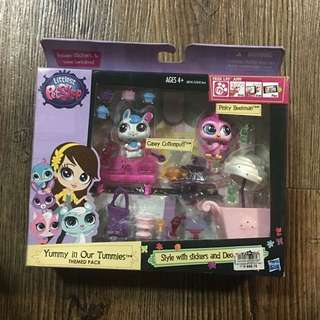 Littlest Petshop yummy in our tunmies themed pack