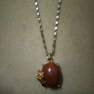 Stainless gold lucky stone charm necklace