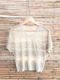 Item 010: cream knitted top