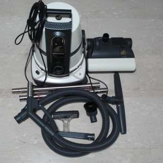 $650 free delivery like-new Delphin vacuum cleaner(latest model) - S8 Gold Series