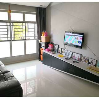 Beautifully renovated, less than 5yrs old flat selling at very good price!!!