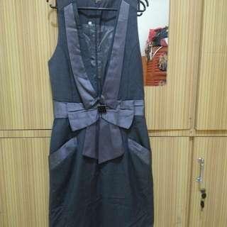 Mini dress kerja