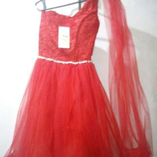 COCKTAIL RED DRESS FOR PROM.