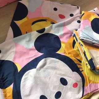 Tsum tsum queen size kid bedsheet