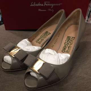 Salvatore Ferragamo Shoes with box
