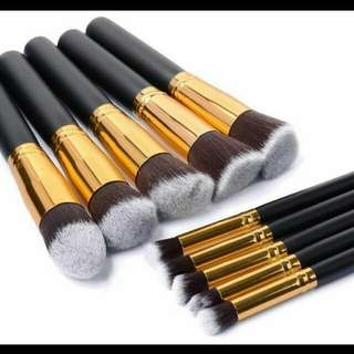 Mini Kabuki brush set