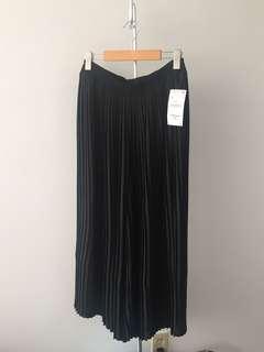Zara wide leg pleated pants