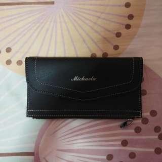 Michaela Brand wallet