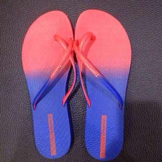 🚚 🌺(正品)伊帕內瑪夾腳拖 ipanema 巴西製 USA8號 紅藍色夾腳平底人字拖鞋 沙灘鞋