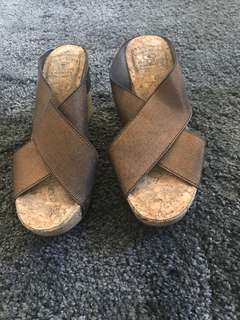 Comfiest Wedges perfect for Jeans
