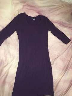 H&M burgundy 3/4 sleeve dress