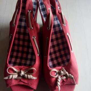 dexter red shoes