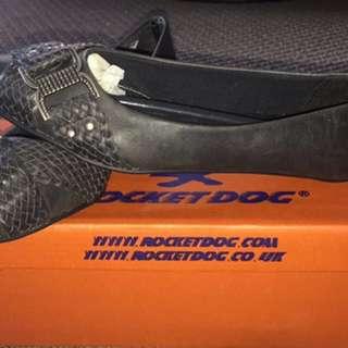 Black Flats Size 36