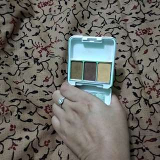 Purbasari eyeshadow Shade 05