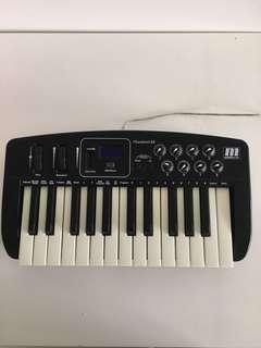 Miditech i2 Control 25 Midi Keyboard