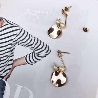 🚚 Ollie.acc💐 三角設計金屬耳環