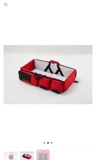 Portable baby bag/bed