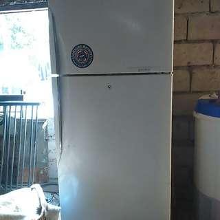 SALE! 40% off! Samsung 2door refrigerator