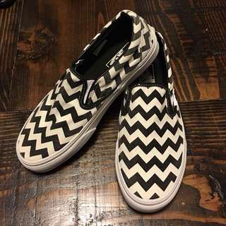 Vans classic slip on (chevron)