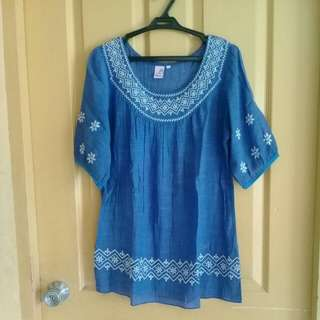 Blusa embroidered blouse