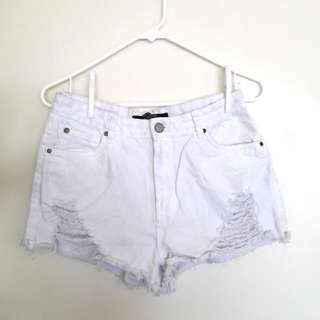 WHITE HIGH WAISTED DENIM SHORTS