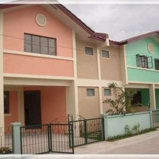 Rfo townhouse in Bucandala Imus