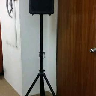 Portable Pa speaker with stand + 2 wireless mic