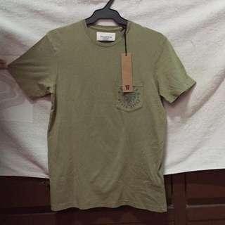 [New] Cotton on Tshirt