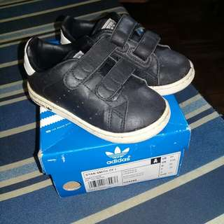 AUTHENTIC Adidas Stan Smith (for kids)
