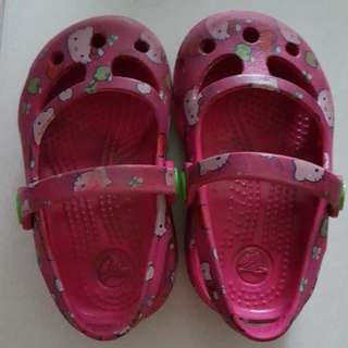 Preloved Hello Kitty Crocs
