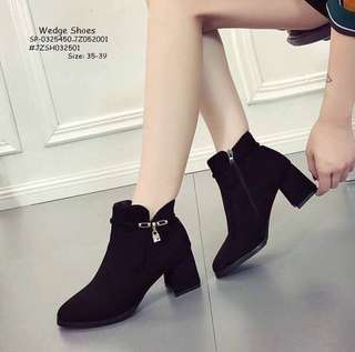 Wedge shoes size : 35-39
