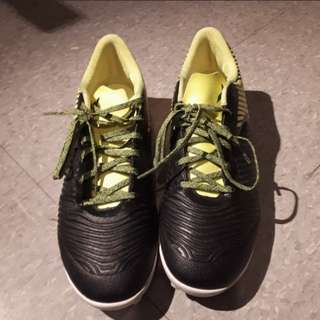 Addidas Soccer Shoes Size 10