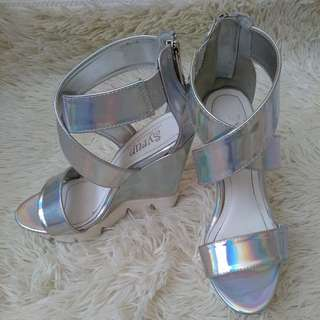 Syrup Mettalic Wedge Size 5 - 5.5