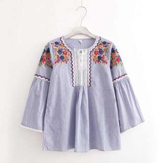 Embroided Longsleeves Top