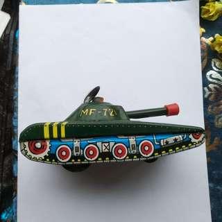 鐵皮古董坦克,中國製造,全正常